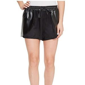 Blank NYC Shorts in Hugs and Kisses